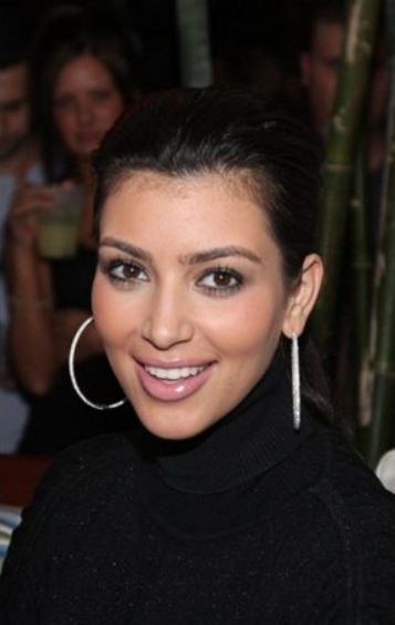 Kim Kardashian before Nose Job |How her nose looked before Surgery